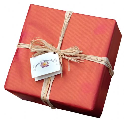 Gift wrapping service Red Kraft paper with Raffia ribbon